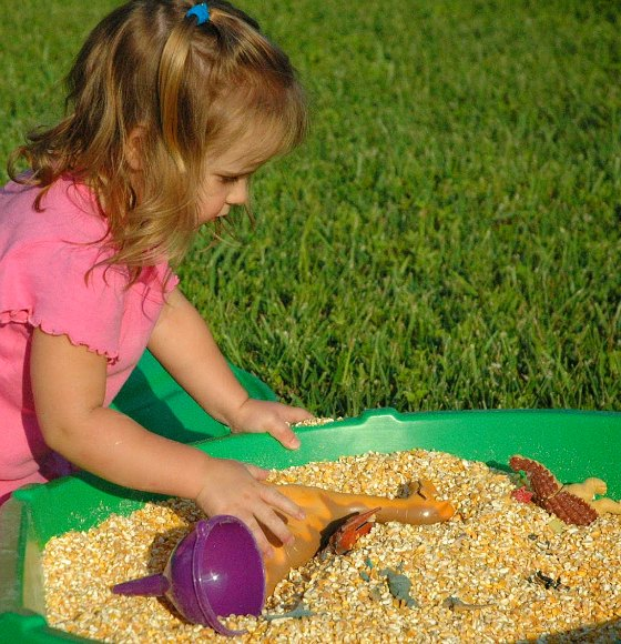 Sensory play with dinosaurs #playfulpreschool