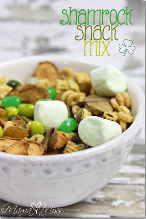St patricks day snack mix