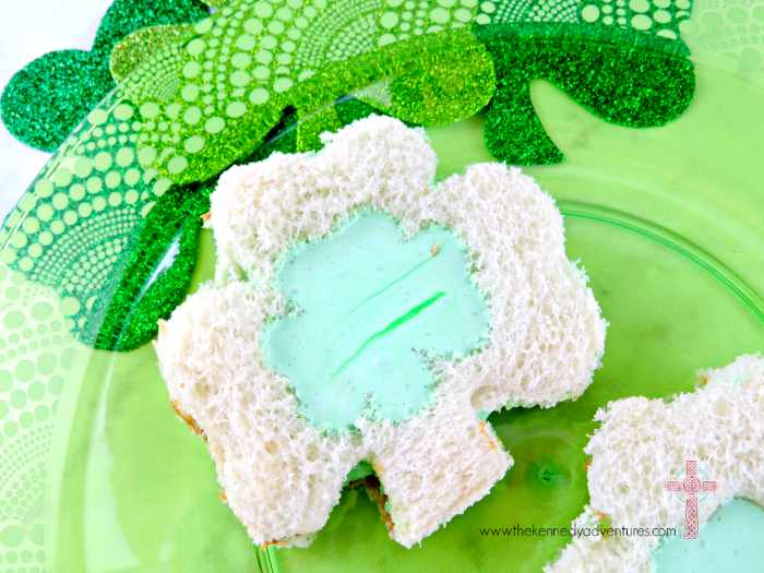 Make your Saint Patrick celebrations loads of fun with these Shamrock Sandwiches!