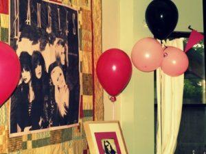80s party decor