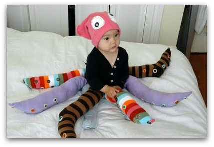 Diy halloween costumes for the whole family the kennedy adventures diy octopus costume solutioingenieria Image collections