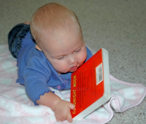 tips for reading with babies