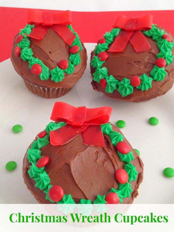 Wreath_Cupcakes