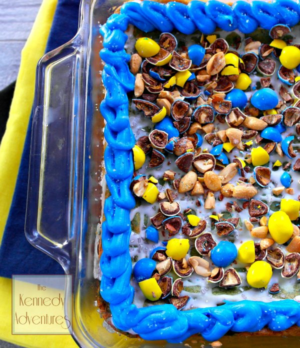 minions sugar cookie bar