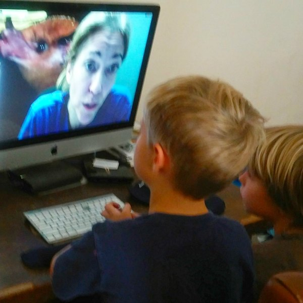 Have you considered virtual field trips in your homeschool? These events from Field Trip Zoom are wonderful for big families!