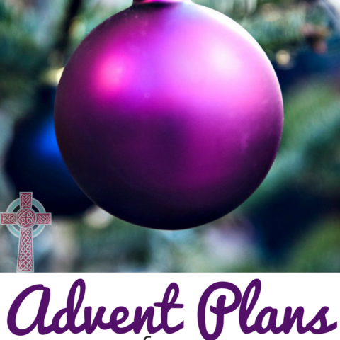Connect with your family with these beautiful Advent Plans! Perfect for living your Catholic faith at home.