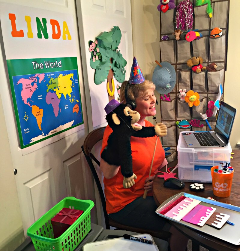 Homeschooling moms, you can make money part time with VIPKID, teaching in a virtual classroom.
