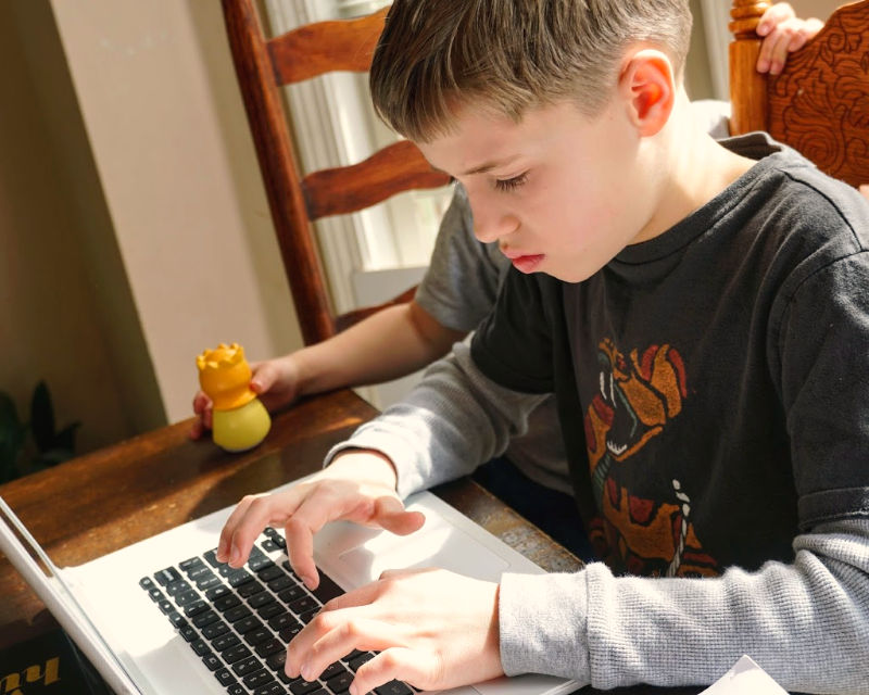 want to teach touch typing to your homeschool students? Don't miss this amazing program!
